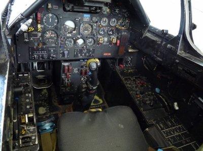 Tableau De Bord Dun Avion Chasse Blog De Siroplamoke