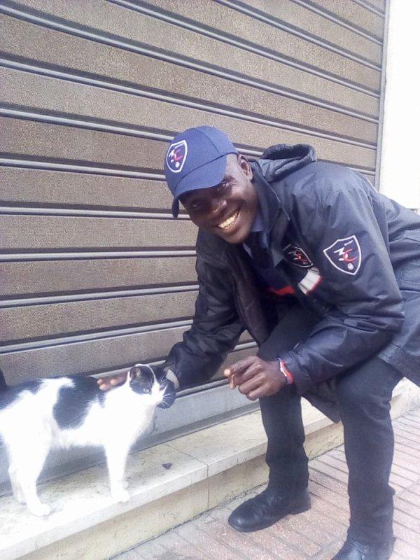 moi et meilleur ami  trop mimi j ' adore les chats