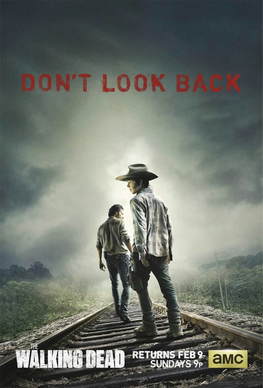 OFFICIAL WALKING DEAD POSTER FOR RETURN OF SEASON 4