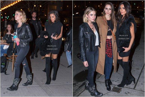 *ashleysbenson* 14/04/15 - Ashley est sortit au restaurant avecTorian, Shay, et Vanessa Hudgens à NYC .J'aime bien sa tenue, elle est toute joulie, par contre toujours du noir pour notre Ash.