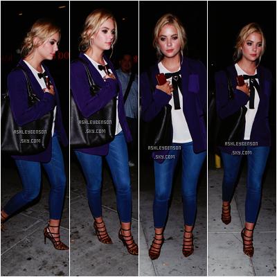 Le 12 août, Ash sortait du Warwick à Hollywood en compagnie d'ami(e)s à elle. J'ai bien sa tenue, je trouve qu'elle change de d'habitude, elle a une jolie petite veste violette qui lui va super bien, et j'aime beaucoup ses talons, même si d'origine je ne suis pas fan de l'imprimé léopard.
