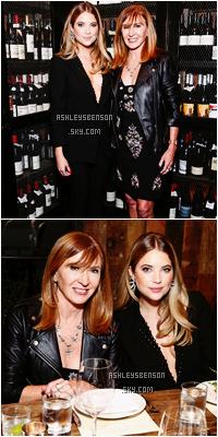 Le 12 Novembre, Ashley B s'est rendue au dîner organisé par Nicole Millers pour l'événement Holiday Collection & Flaunt Dial-up Issue dans Los Angeles. Sa tenues est jolie, noire mais j'aime, son décolleter est splendide. Un très beau top.