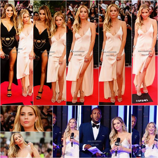 Le 19 Juin, la magnifique Ashley Benson était aux Much Music Video Awards 2016 accompagnée de Shay Mitchell, sa tenue est super jolie, sa robe est simple et sexy en même temps, un très beau top de ma part.