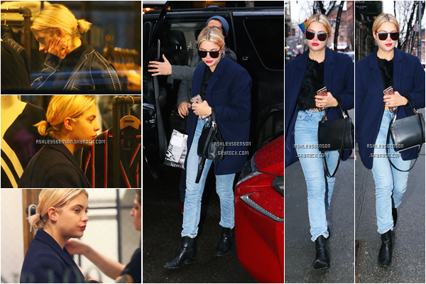 31/01/17 : Ashley Benson a été faire du shopping dans West Village, New York City.  Rien de très intéressent, la tenue est normale, j'aime bien son manteau bleu électrique, un peu de couleur wahouu, petit top.