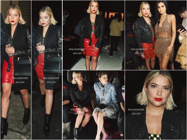10/02/17 : Mlle Benson s'est rendue au défilé du styliste Jeremy Sott durant la Fashion Week, New York City. Voilà maintenant 1 mois et demi que la belle est dans la grosse pomme, j'adore sa tenue, un très beau top.