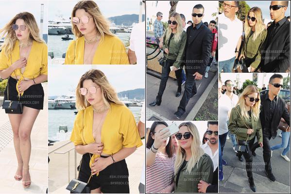 22/05/17 : Notre Liar préférée a été vue dans la rue de la ville la plus en vue du moment,, Cannes (FR). Un peu avant elle a été repérée quittant la plage de son hôtel, le Martinez. Deux beau tops pour ses tenue, merci Ash, enfinn !