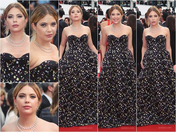 23/05/17 : Ashley s'est rendue à la soirée d'anniversaire du 70ème festival de Cannes, Cannes (FR). Gros  top pour la robe, j'aime beaucoup, ça fait très majestueux, on a pas l'habitude de la voir comme ça.