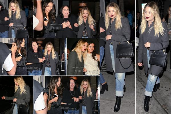 04/06/17 : Ashley B  elle sortait du restaurant Craig's avec Shay Mitchell & Malene King, Los Angeles (CA). J'aime beaucoup sa tenue, un beau top, à part peut êre le pantalon un peu évasé, mais sinon j'aime vraiment  l'ensemble.