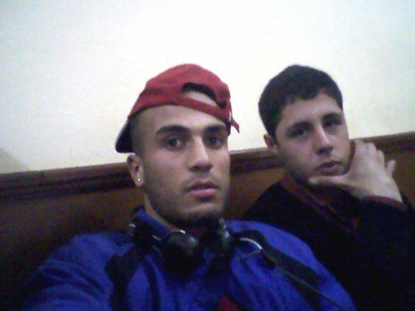 Yo y mi amigo y la Internet___________________________heheh