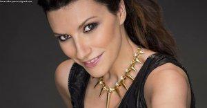 Laura Pausini super invité à la fête d'anniversaire de Radio Deejay