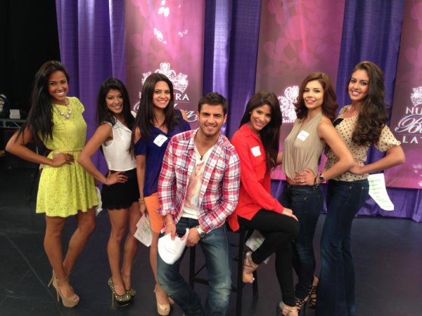 """Maxi était présent dans les programmes """"Despierta America"""" et """"El Gordo y la Flaca """" le 22 mars 2013 afin de parler de son rôle dans """" Notre Beauté Latine """""""
