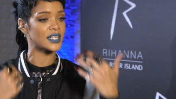12 Septembre 2013: Rihanna River Island est déjà en vente
