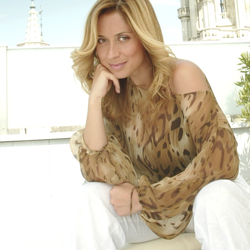 "Lara Fabian - Immortelle (clip officiel)  Album "" Nue"" single 12 (l)"