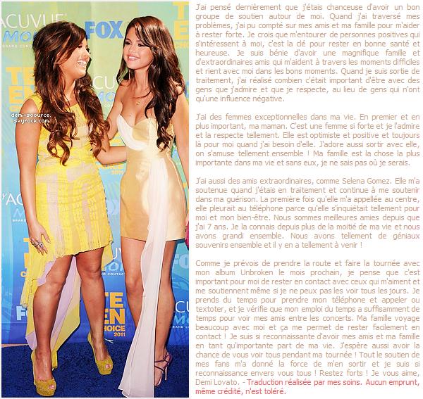 * Demi Lovato explique dans un nouvel article pour Seventeen comment s'entourer d'amis et de sa famille peut aider à rester forte. (article associé) *