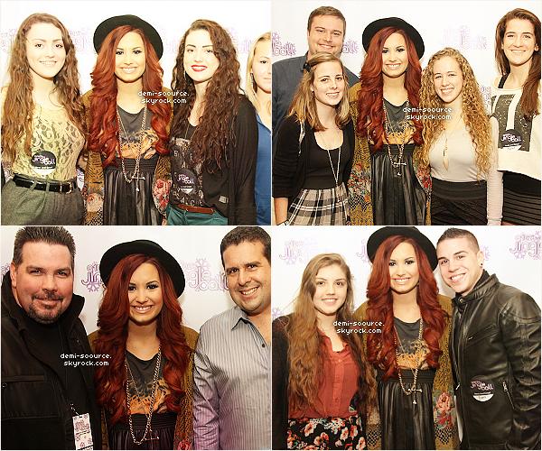 *  07.12.2011 : Demi Lovato a donné un concert au Jingle Ball de Philadelphie. (+ M&G)    *