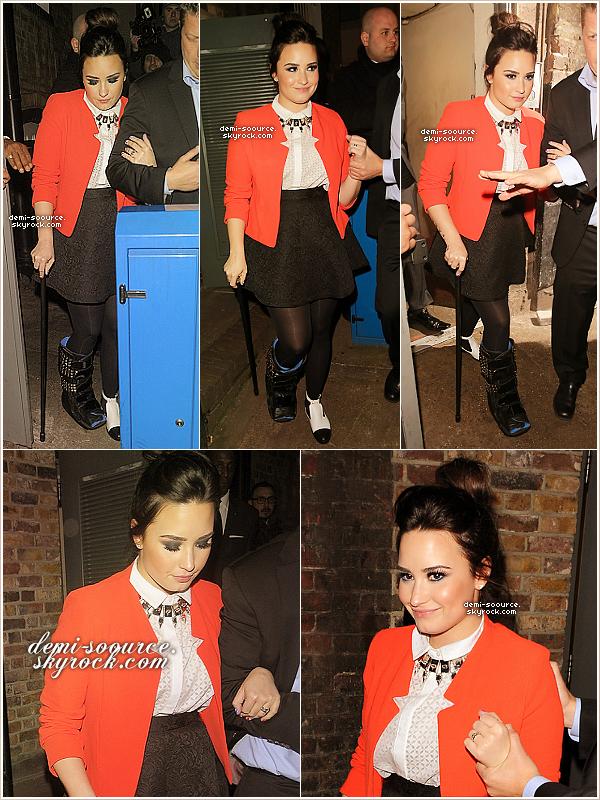 *  20.02.2013 : Demi Lovato a été vue quittant l'after party des Brit Awards, à Londres.             *