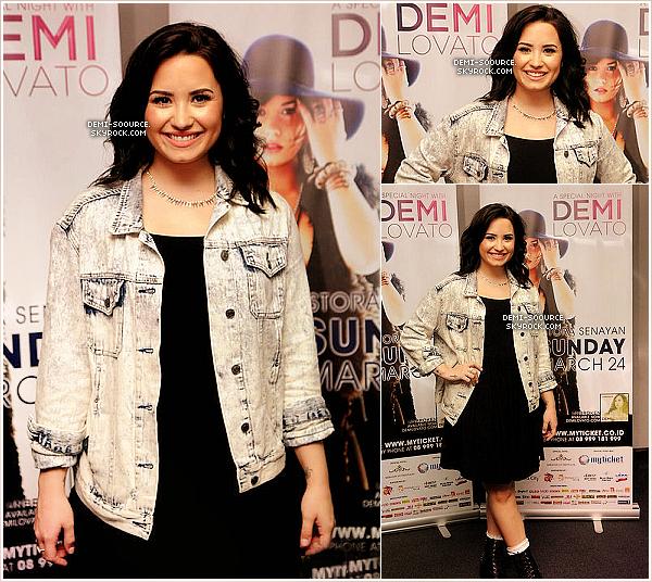 *  24.03.2013 : La tournée A special night with D. Lovato s'est poursuivie à Jakarta. (Indonésie) + Candids de Demi Lovato arrivant à l'aéroport de Jakarta, la veille._____    *