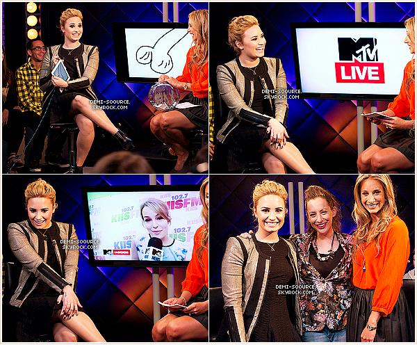 *14.05.2013 : Toujours à NYC, Demi s'est rendue aux studios MTV puis à la radio Sirius XM.      *