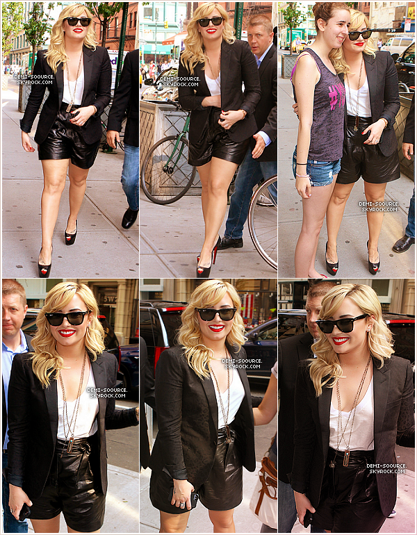 *27.06.2013 : Demi Lovato s'est rendue sur le plateau de Good Morning America, à New York.     *