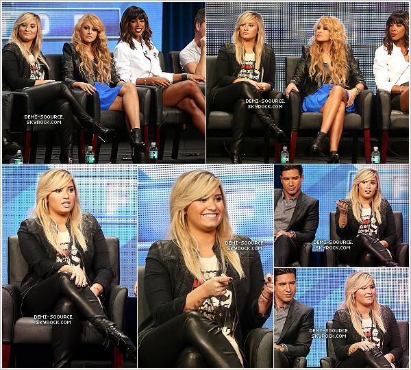 *01.08.2013 : Demi a assisté à un évènement  pour la chaîne FOX, à Beverly Hills.   *