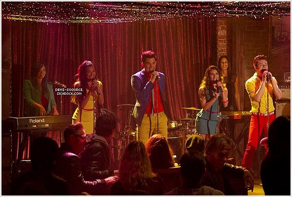 """* Découvrez un still de l'épisode 5x07 de Glee : """"Puppet master"""" !                    *"""