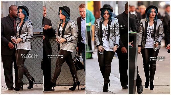 *25.11.2013 : Demi Lovato était invitée sur le plateau de l'émission de Jimmy Kimmel. *