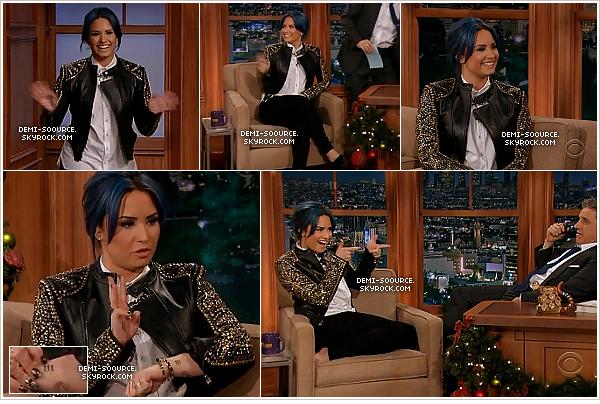 *09.12.2013 : Demi Lovato, pieds-nus, était l'invitée de l'émission The Late Late Show. *