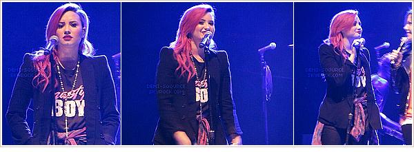 *  26.03.2014 : Demi était invitée sur le plateau de l'émission The Social, sur CTV. (Toronto)    *