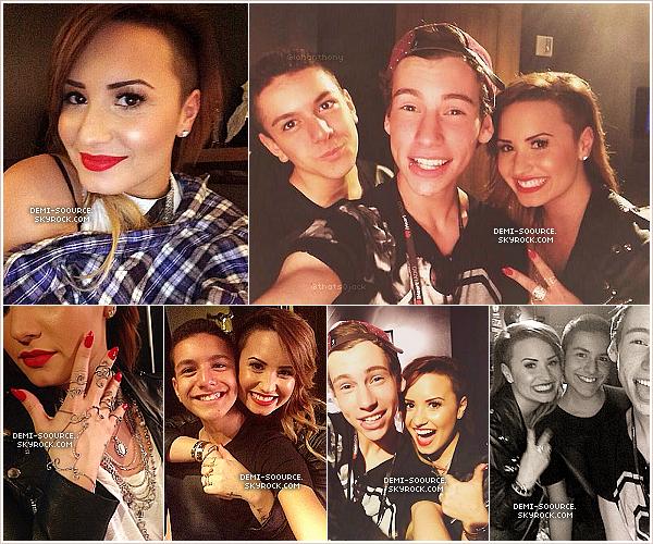 *  14.04.2014 : Demi a donné un concert privé pour iHeart Radio, à Los Angeles.    *
