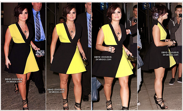 *  04.06.2014 : Demi était invitée dans l'émission Late Night with Seth Meyers, à NY. *
