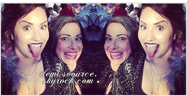 *  05.06.2014 : Demi a donné un discours au gala de la Jed Foundation, à NY. *