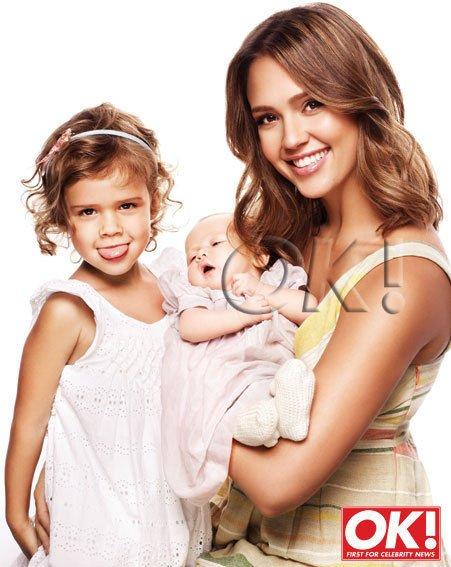 """Jessica Alba pose avec ses filles pour le magasine """" OK ! """""""