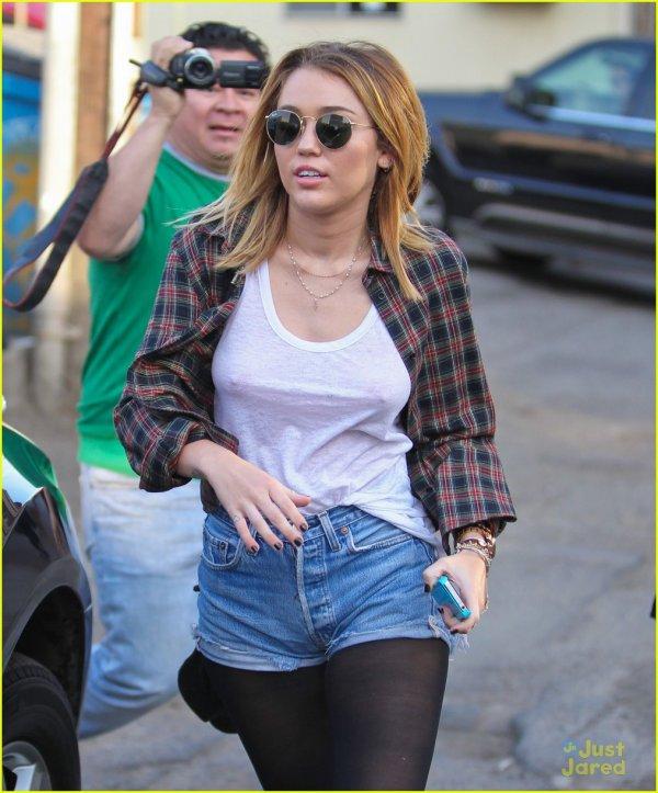 Miley Cyrus de sortie .