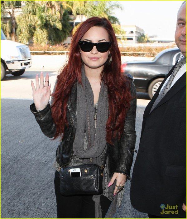 Demi Lovato de sortie le 2 février .