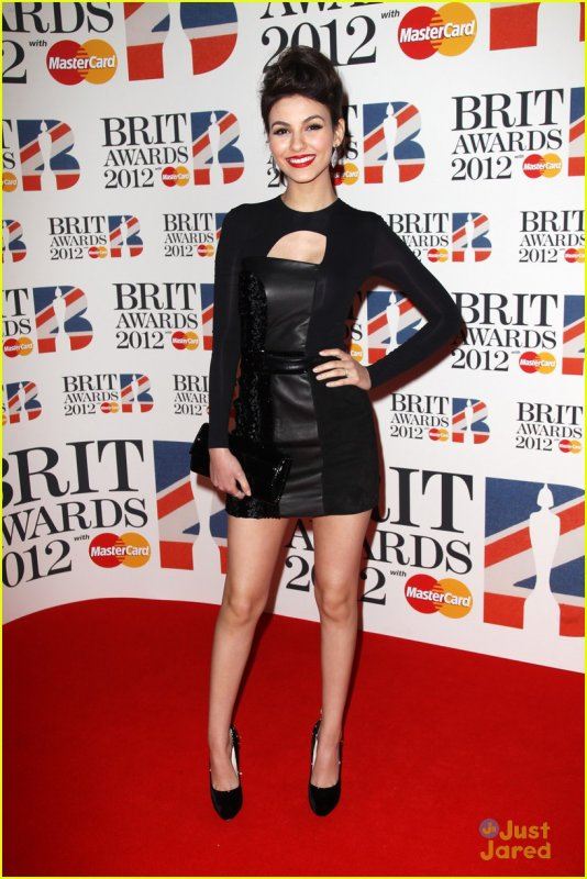 Victoria Justice au Brit awards 2012