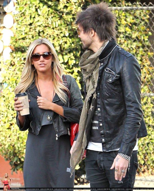Ashley Tisdale de sortie le 25 février.
