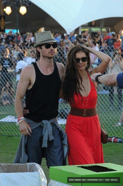 Nina Dobrev et Ian Somerhalder à la 3ème journée du festival Coachella.