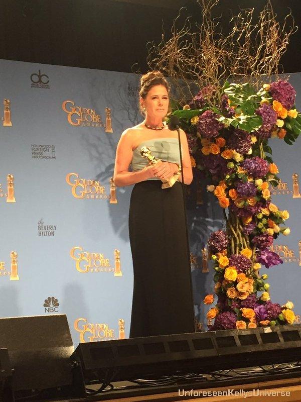 Maura Tierney gagnante aux Golden Globes 2016