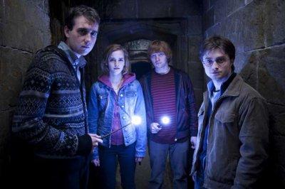Harry Potter et les reliques de la mort 1ère et 2ème partie.