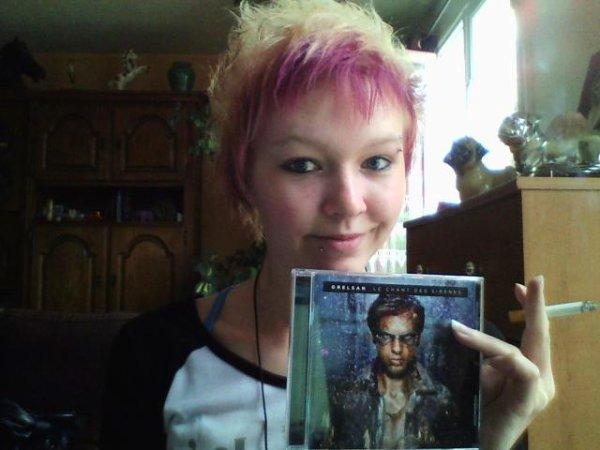 Ma nouvelle coupe et couleur et mon album d'OrelSan <3