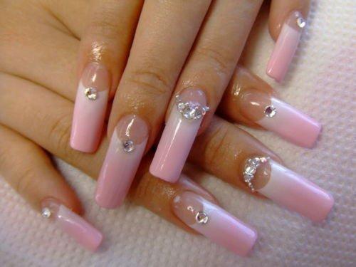 Belle jusqu'aux bouts des ongles pour les fêtes