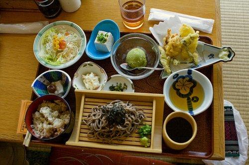 Le repas à l'heure japonaise