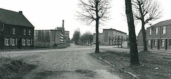 Le boulevard industriel et la ferme d'Halluin, vus de la chaussée Gramme vers 1964.