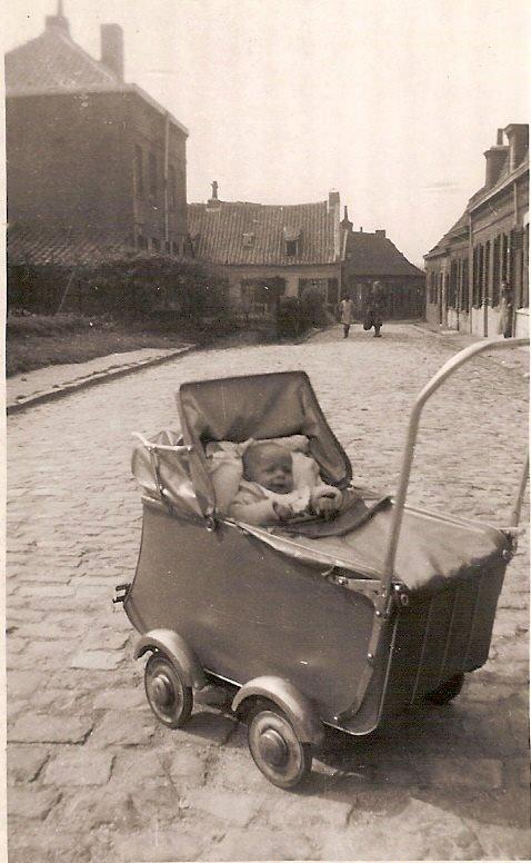 cette photo de 1943 c'est le début de la rue de l'hippodrome