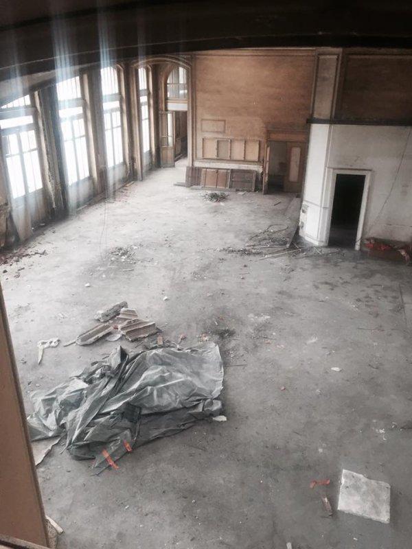 batiments de la gare le long de la rue chateaubriand a ce jour photo du maire