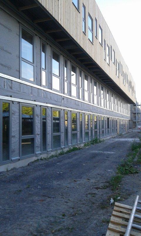 derniere tranche de construction a la gare-03 --24 juillet 2016