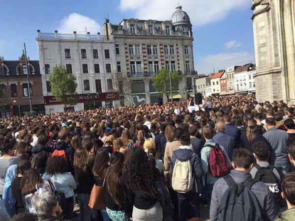 Marche blanche pour Adam à Tourcoing
