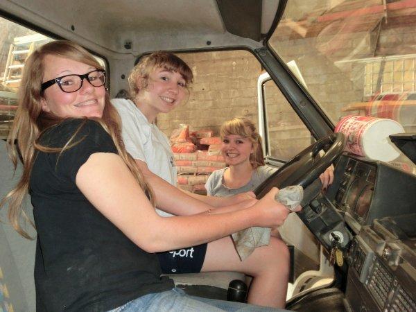 Extra Job' ~> Nettoyage de camion :)