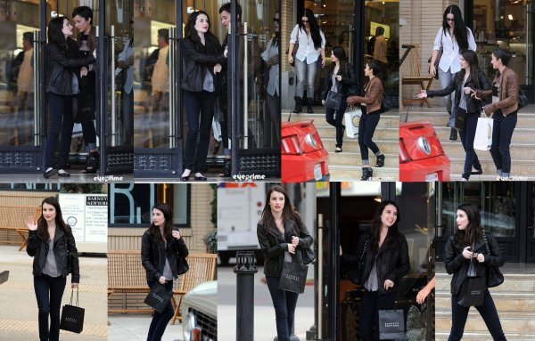 Le 7 septembre Emma fait du shopping au « Barneys new york » a Beverly hills.C un TOP !!