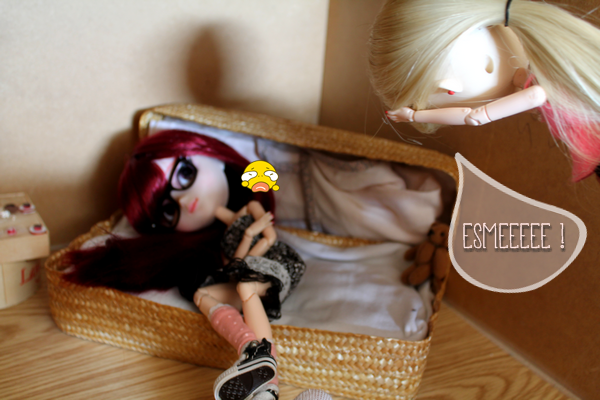 L'arrivée d'Esmée. [Suite 2]